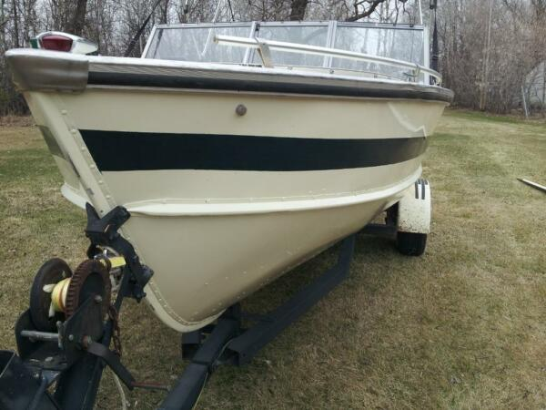 Used 1974 Lund Boat Co FISH SKI 18 FOOT ALUM. BOAT WITH 120 HP INBOARD ME