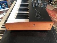 Mopho X4 with Hard case excellent condition