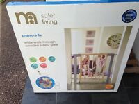 Stairgate mothercare wide wooden safety gate