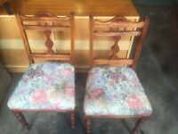 PAIR OF STUNNING VINTAGE CHAIRS