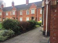 Grade 2 Listed One bedroom flat