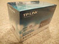 TP-LINK TL-SG1005D 5-Port Gigabit Unmanaged Desktop Switch BRAND NEW