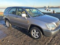 Lexus RX300 4x4 with 1 Years MOT, FSH and low mileage. All you need for winter