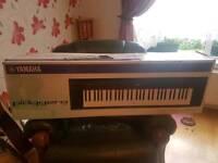 Yamaha piagerro np-11 piano keyboard