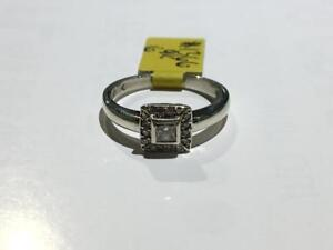 #1366 9K LADIES BEZEL SET PRINCESS CUT DIAMOND RING *SIZE 6* **JUST BACK FROM APPRAISAL AT $1850 SELLING FOR ONLY $650**