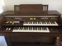 Yamaha Organ B75 - contact this ad, thx