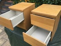 Two chests of 2 drawers