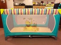 Hauck Winnie the Pooh Travel Cot