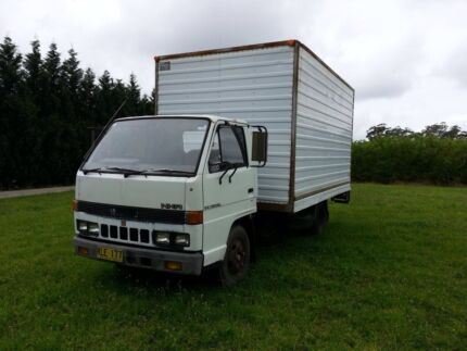 Isuzu Truck NKR58L Canoelands Hornsby Area Preview