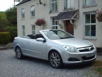 CONVERTIBLE ONLY 45K MILES Vauxhall Astra Twintop Design 1.8