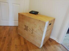 PLYOMETRIC/CROSS FIT JUMP BOX