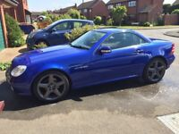 Mercedes Benz SLK200 (2000/W). Low mileage in Great condition.