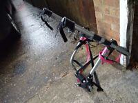 Bike rack carrier takes up to 3 bikes fits to back of car comes with straps vgc