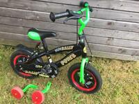 Boy bike with stabiliser Age 3-5 in good cond
