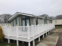 2 bedroom Lodge for sale! 11month Seaon, Highfield Grange, Clacton on Sea, Essex