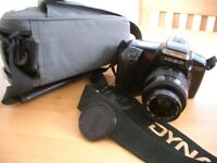 MINOLTA DYNAX 5000I 35mm SLR camera with 52mm lens NECK STRAP and case