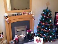 6' Christmas tree with decorations