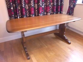 Ercol Old Colonial Table and 6 Chairs