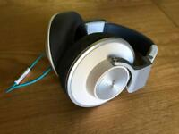 AKG K551 Reference Headphones