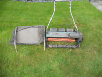 BLACK & DECKER LAWNRAKER---LR2000---SPARES OR REPAIR
