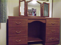 Dressing Table with 3 way mirror