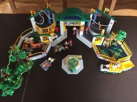 Large set Playmobil Zoo with lots of accessories and figures