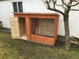 7ft Wooden Dog Kennel & Run