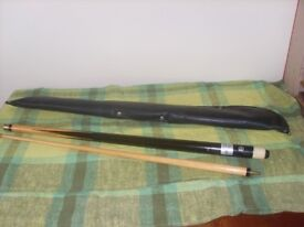 Astral Pool Cue with black zip case