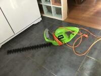 XCEED HEDGE TRIMMER IN GOOD WORKING ORDER