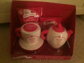 XMAS GIFT salt &pepper pot