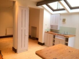 ROATH EXCEPTIONAL 4 DOUBLE BEDROOM HOUSE - DIRECT WITH LANDLORD