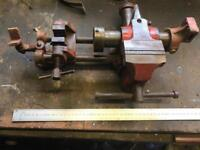 Nice engineers vice with anvil and thread cutter