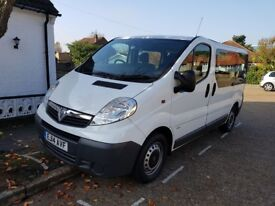 Vauxhal vivaro 9 seater low millage, excellent condition, reverse camera, relible runner,