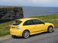 rare 1.8 MG ZR with colour matching leather seat trims- perfect for collector - FREE car roof bars