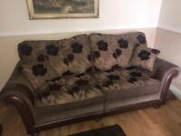 Beautiful leather and fabric 3+1+1 suite couch setter sofa
