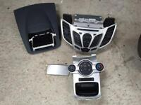 2010 Ford Fiesta CD player head unit with screen