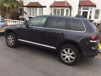 VW TOUAREG QUICK SALE / CLEAN BOTH IN & OUT / NON SMOKER/ DRIVES LIKE NEW