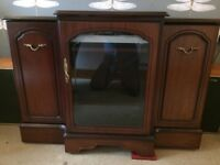 Hi-F- Cabinet