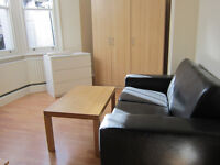 £270 / w - One bedroom flat on Blythe Road