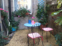 garden metal table and chairs