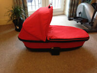QUINNY MOODD / SPEEDI / BUZZ FOLDABLE CARRYCOT Red