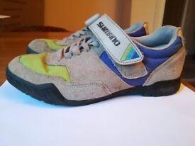 Bike shoes Shimano, size 6 UK - 39 EU