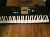 Electric keyboard Yamaha YPT 220