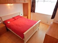 Room in comfortable 6 bedroom house in Cheam / Sutton start MARCH - £400 pcm including all bills