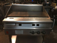 FALCON GRIDDLE HALF RIPPED GRILL