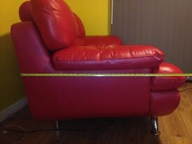 Red double leather sofa in exelent condition