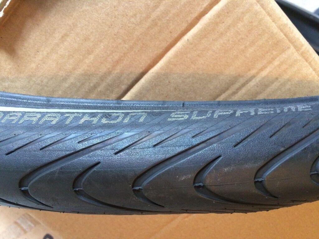 Pair Schwalbe Marathon Supreme Evo Touring Tyre Folding Black