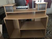 Office Desk / Computer Desk - excellent condition