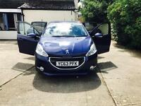 Peugeot 208 active 2013 (63) plate touchscreen