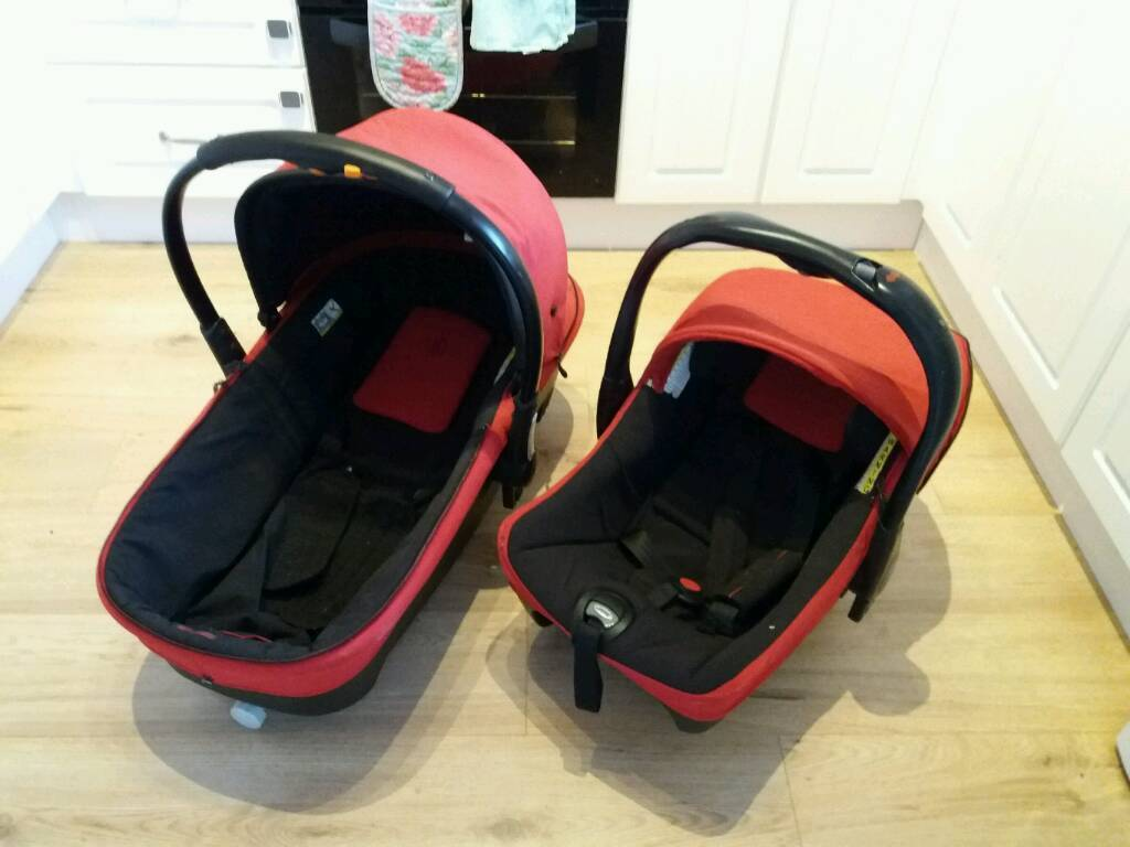 Jane universal carry cot and car seat
